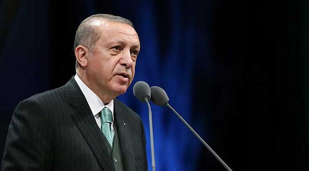 Erdoğan'dan sosyal medya açıklaması: Tamamen kontrolsüz