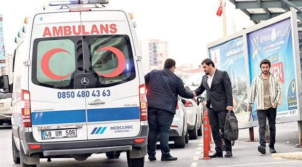 Zenginler trafiğe takılmamak için ambulans kullanıyor