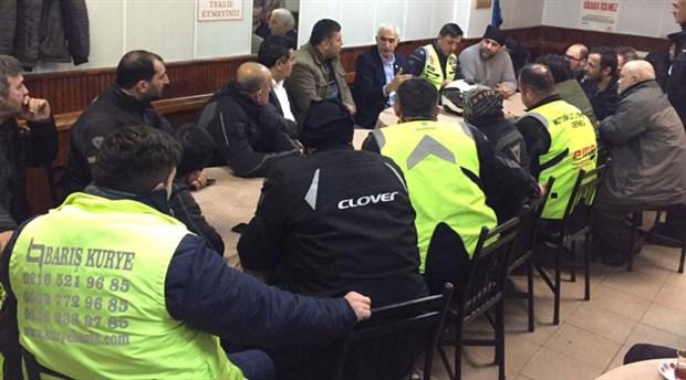 CHP'li Kılınç, motosikletli kuryelerle buluştu