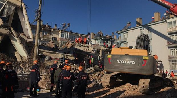 Deprem bölgesinde hırsızlık yapan 6 kişi tutuklandı