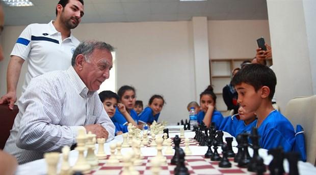 Seyhan Belediyesi'nde satranç turnuvası