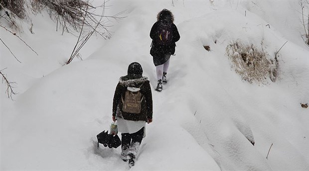 Birçok kentte eğitime kar engeli
