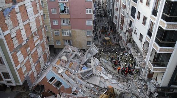 Bahçelievler'de çöken binanın bulunduğu cadde trafiğe açıldı