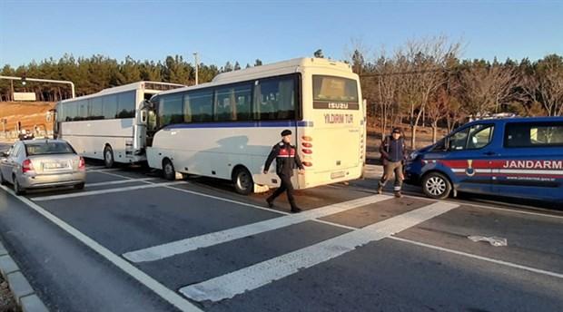 Uşakta işçi servisleri kaza yaptı: 50 yaralı