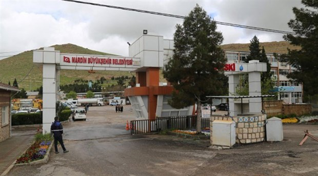 Mardin kayyumu belediyeyi aile şirketine çevirdi