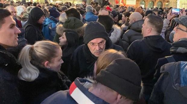 9 kişinin yaşamını yitirdiği saldırı Almanya'da protesto edildi