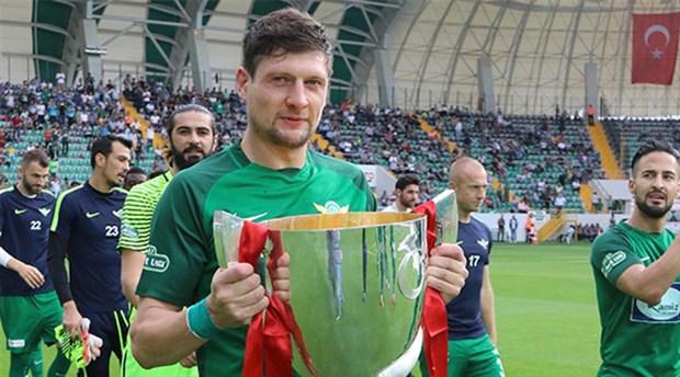 'Galatasaray'a gitmeme izin verilmeyince oturup ağladım'