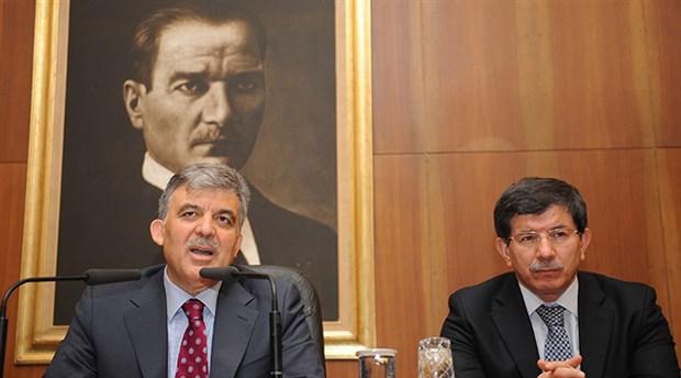 Davutoğlu'ndan Abdullah Gül'e 'Siyasal İslam' tepkisi