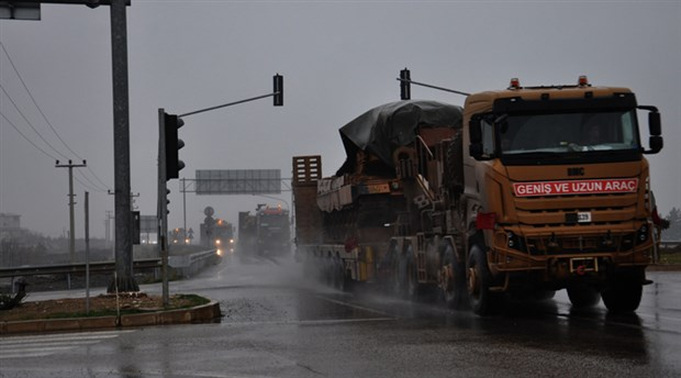 Rusya'dan açıklama: Türkiye'den İdlib'e kilometrelerce uzunlukta askeri yığınak konvoyu gönderildi!