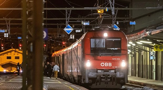 Avusturya, koronavirüs nedeniyle İtalya'dan tren seferlerini durdurdu