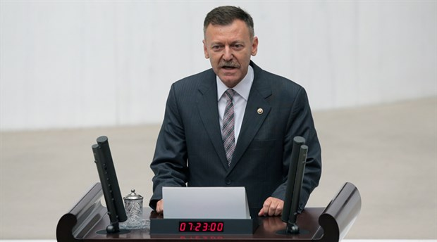 Aytuğ Atıcı, CHP Genel Başkanlığı için adaylığını açıkladı