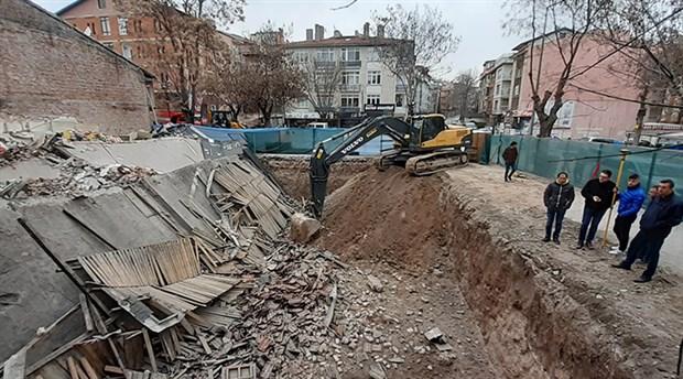 Ankara'da 2 katlı dükkan çöktü: 1 köpek enkaz altında