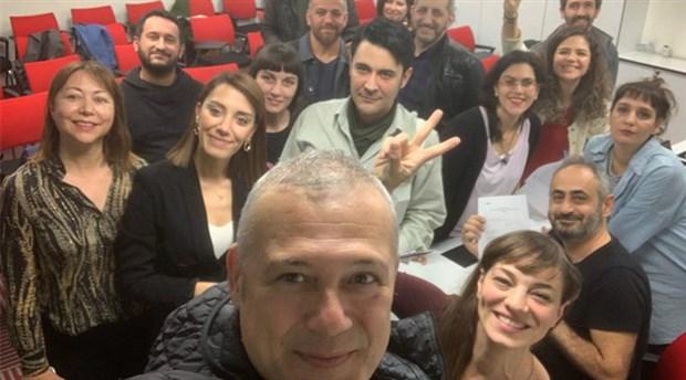İstanbul Belediye Şehir Tiyatroları'ndan ihraç edilen sanatçılar, görevlerine geri döndü