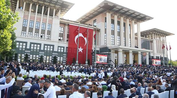 Hukukçulardan 'Erdoğan'a hakaret' değerlendirmesi: Aktif siyasi görevdeyse özel hukuktan yararlanamaz