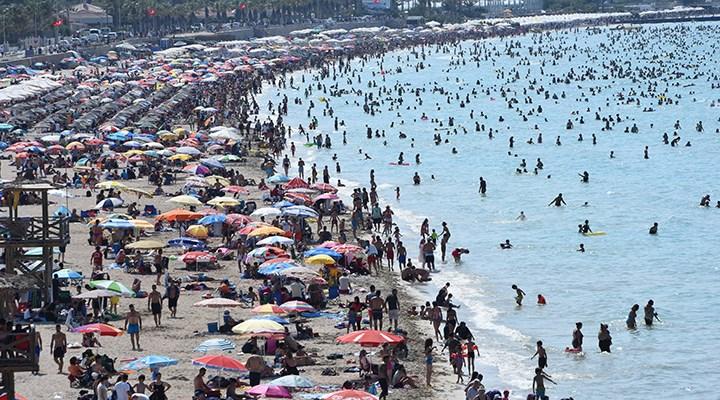 Alman turizm devi TUI, operasyonlarını askıya aldı