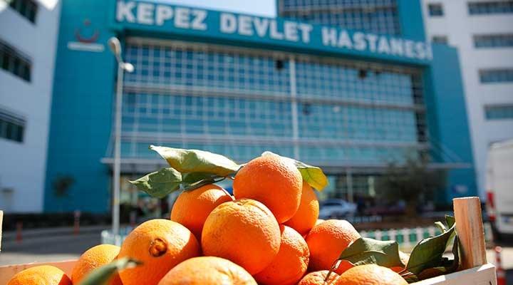 Antalya'dan sağlık çalışanlarına portakal desteği