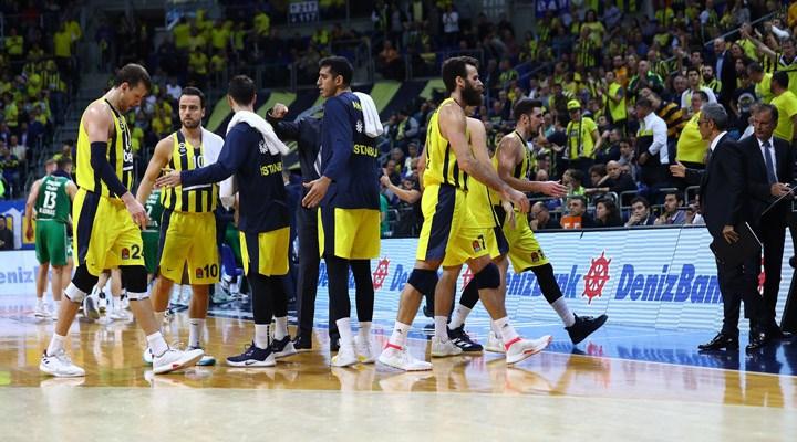 Fenerbahçe: Basketbol A Takımımızda koronavirüs belirtilerine rastlanmıştır
