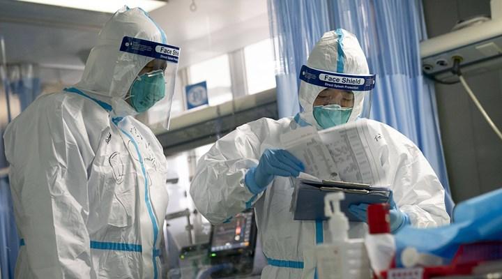 Bilim insanları, koronavirüs'ün vücutta ne kadar süre kaldığını açıkladı