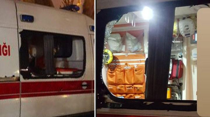 Koronavirüs vakasına giden ambulansa saldıran 2 kişi, tutuklandı