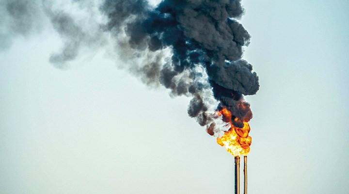 Petrolde dalgalanma sürüyor