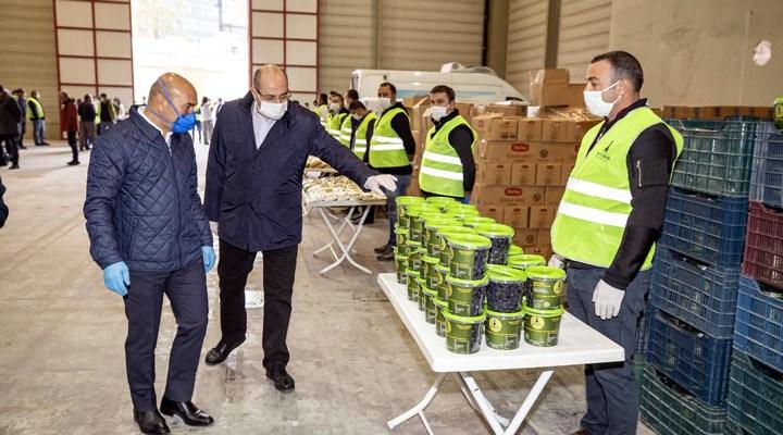 İzmir Büyükşehir Belediyesi, 16 bin aileye gıda paketi dağıttı