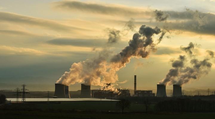 Gaz, toz yayan tesisler kapatılmalı