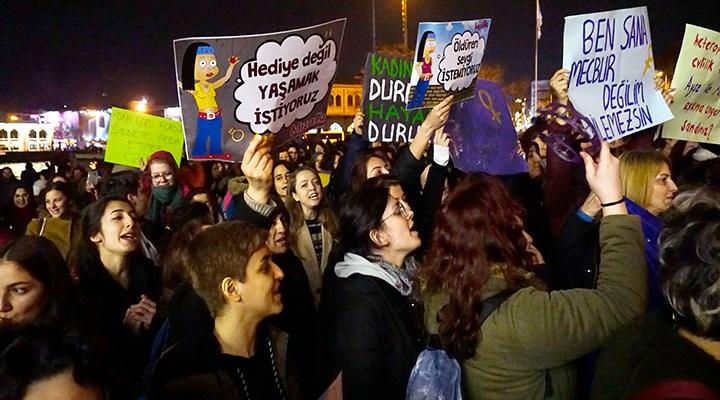 Cinsel suçlara af getiren pakete kadınlardan tepki #İnfazTasarısınıGeriÇekin