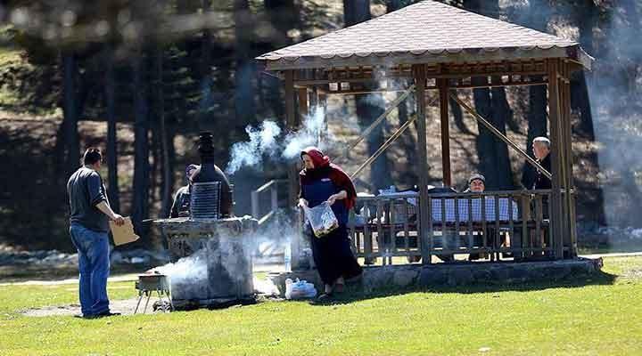 Antalya'da 21 kişiye piknik cezası