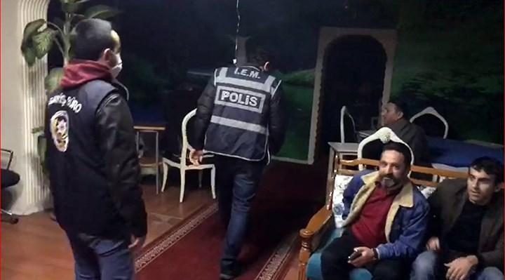 Esenyurt'ta bir kahvehane ikinci kez mühürlendi