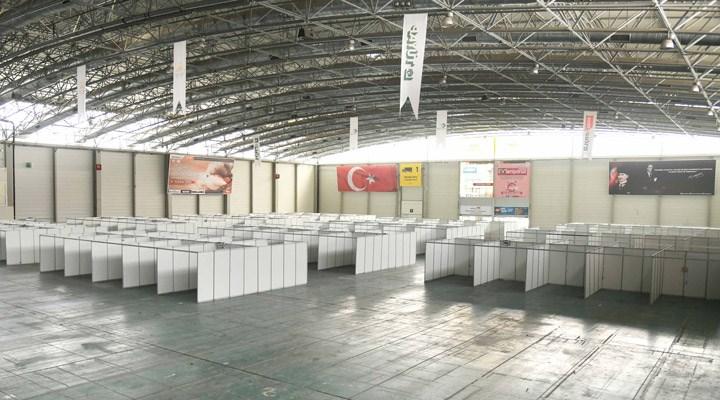 Adana Büyükşehir Belediyesi 'sahra hastanesi' kurdu