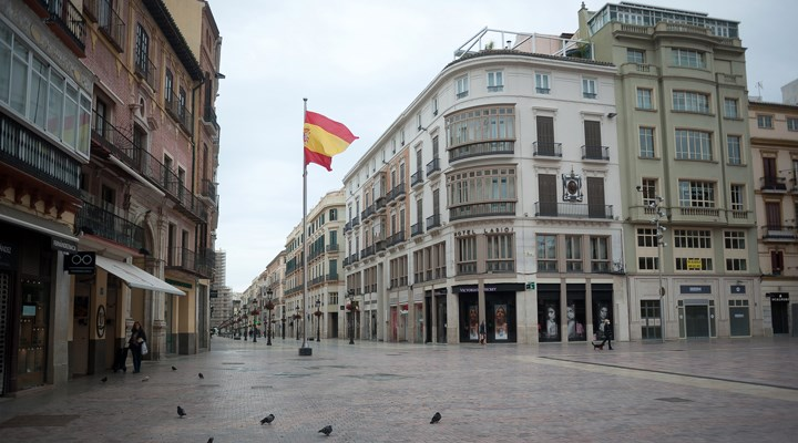 İspanya'da 'vatandaşlık maaşı' dağıtılacak