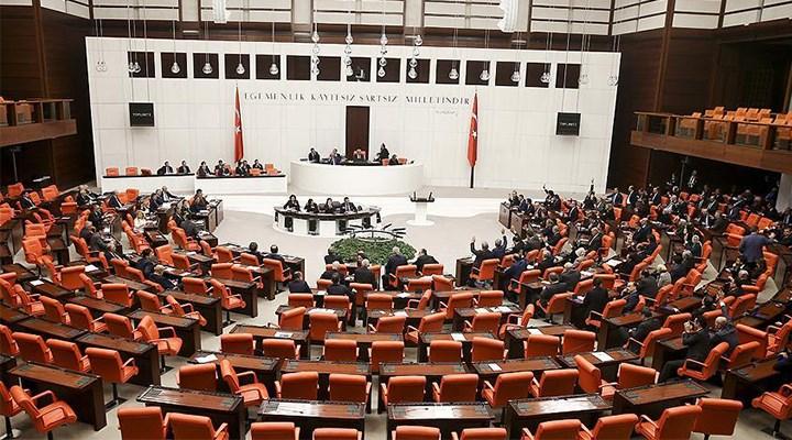 TBMM'de AKP-CHP arasında kavga