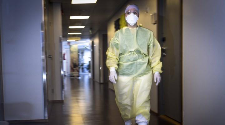 Ankara'da 9 sağlık personelinin testi pozitif çıktı, testlere ara verildi