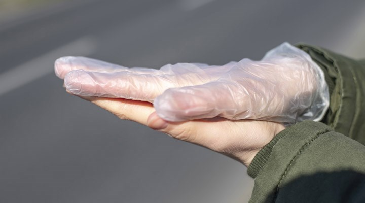 İBB Bilim Kurulu Üyesi Cengiz'den eldiven kullanımı uyarısı