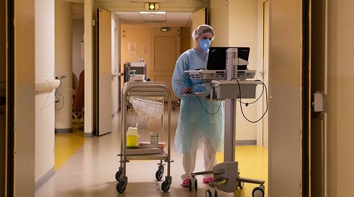 İtalya'da 100'den fazla sağlık çalışanı, koronavirüsten hayatını kaybetti