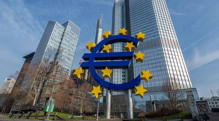 Avrupa Birliği, 540 milyar Euro'luk yardım paketinde anlaştı