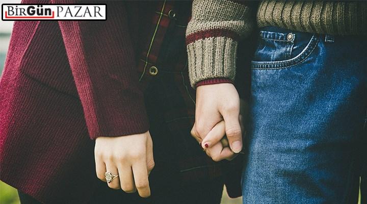 Yeni muhafazakâr aşk kurguları: Wattpad'de âşık olmak zor
