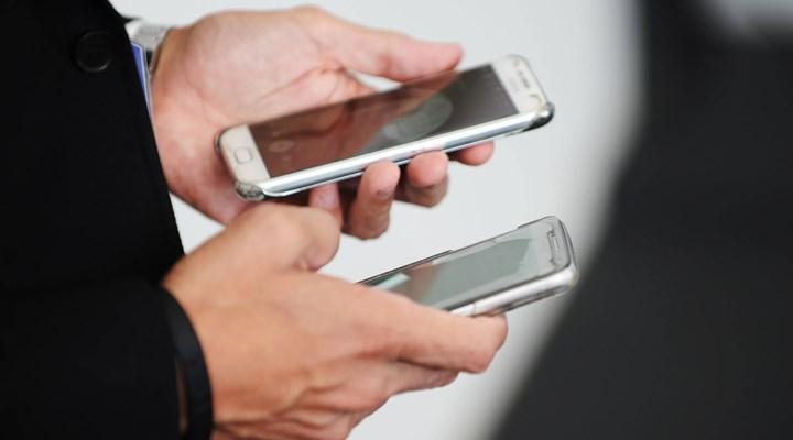 Bakan'dan cep telefonu kullanıcıları ve sağlık çalışanları için ücretsiz internet açıklaması