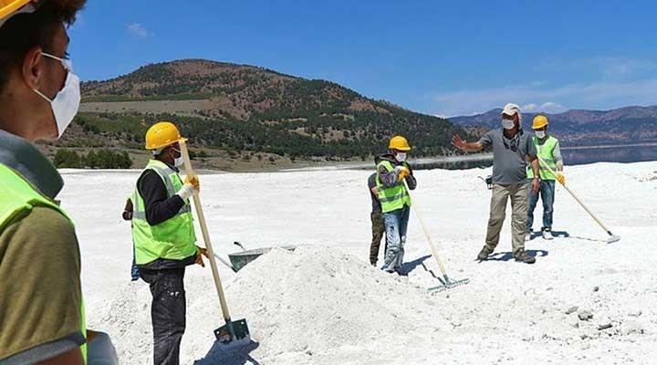 Salda Gölü'nde taşınan kum değil Huntit minerali hidromagnezit: Silikozis hastalığına  yol açabilir