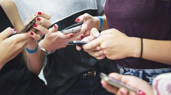 Ebeveynler sosyal medyada dikkatli olmalı