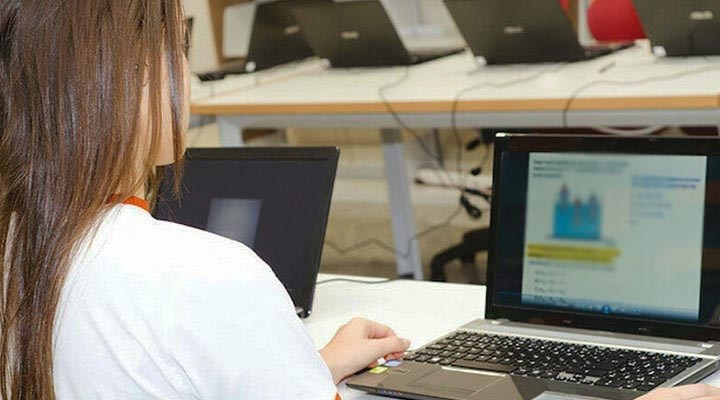 10 öğrenciden 3'ü uzaktan eğitim için yeterli teknolojiye sahip değil