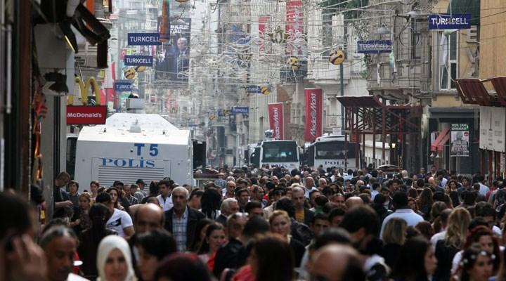 266 bin kişinin yanıtları analiz edildi: Türkiye'nin 10 yıllık demokrasi raporunda kara tablo