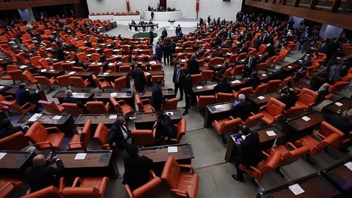 Meclis iktidarın projelerine açıldı