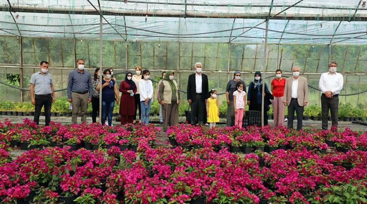 Muğlalı kadınlar 18 milyon çiçek üretti