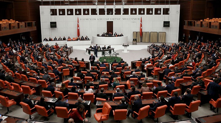 CHP'li ve HDP'li üç ismin milletvekilliği düşürüldü