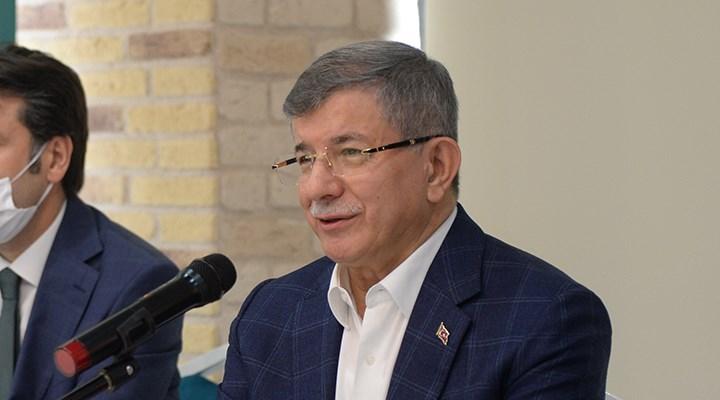 Davutoğlu: Başbakanken ihalelerde nelerin döndüğünü gördüm