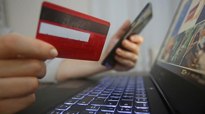 Kredi kartı adedi 70 milyonun üzerinde