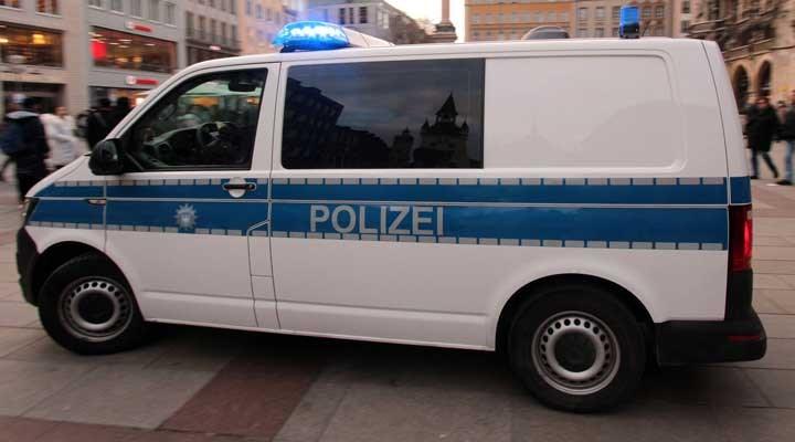 Almanya, Stutgart'taki şiddet olaylarıyla sarsıldı