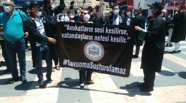 Antep Barosu, çoklu baro sistemini protesto etti