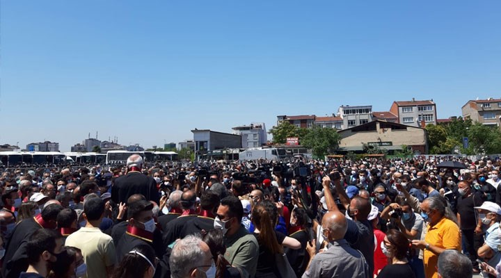 Binlerce avukat Savunma Mitingi'nde bir araya geldi: Sonuna kadar mücadele!